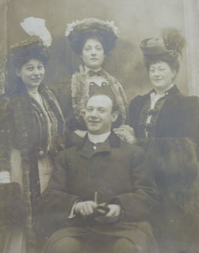 Edgar Gorer, his wife Rachel. mother Hannah and sister Annue