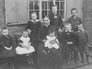 Clara Blockley and children
