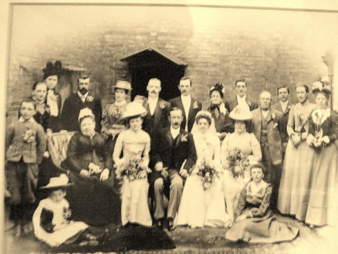 Wedding of John Thomas Perkins and Sarah Jane Sleath 1901 at Claybrooke Lei, England